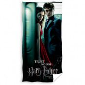 Harry Potter - Deathly Hallows Trust No One Towel - 70 x 140 cm